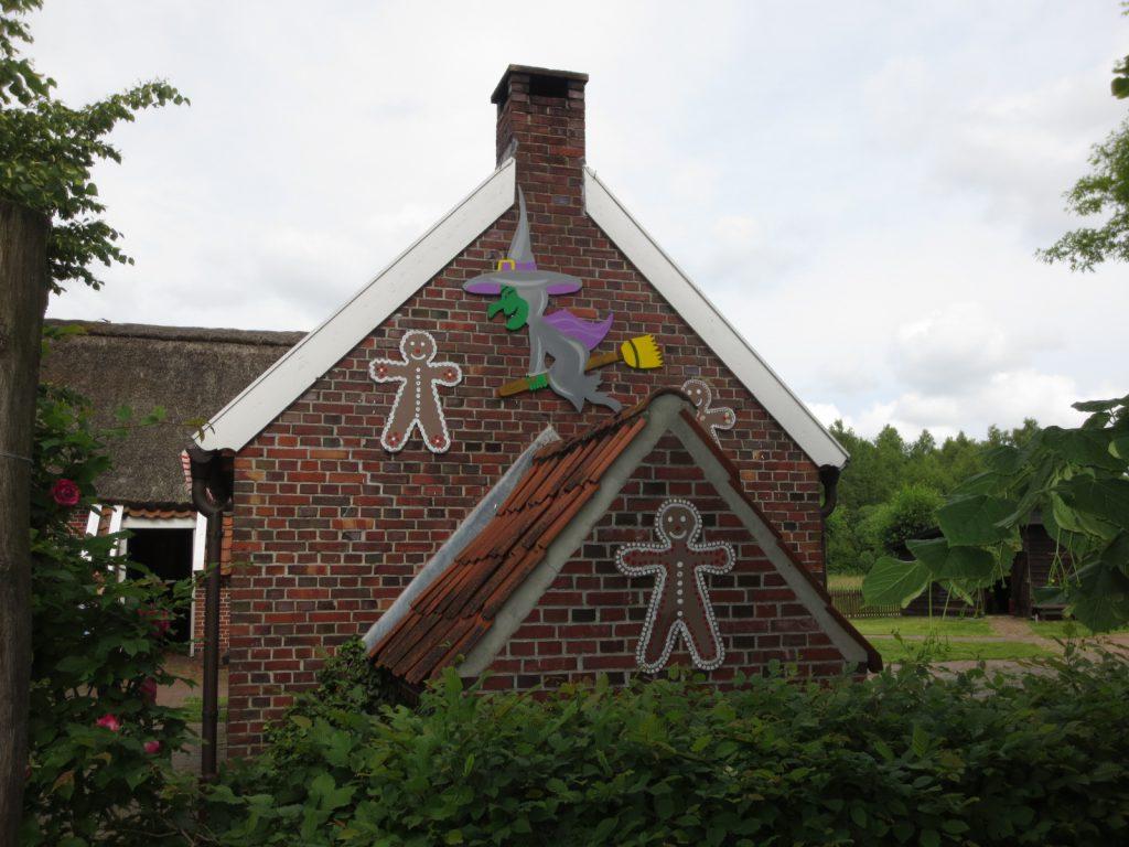 Das Backhaus mit Märchenmotiven
